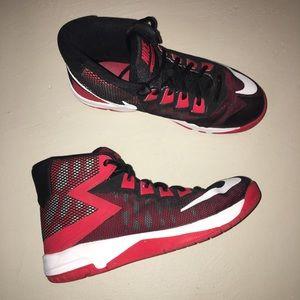 Nike Air Devosion Youth Shoe Red/Black 3Y